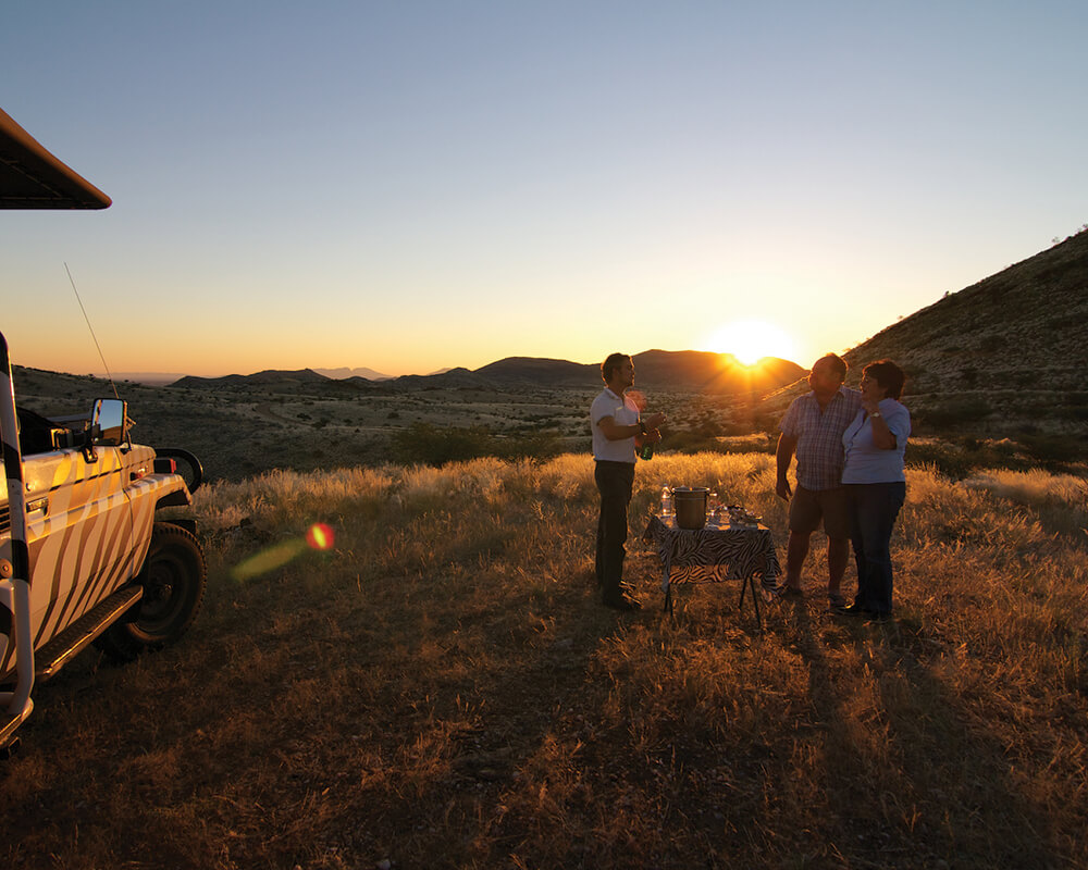 Corona-guest-farm-game-drive-namibia-holiday