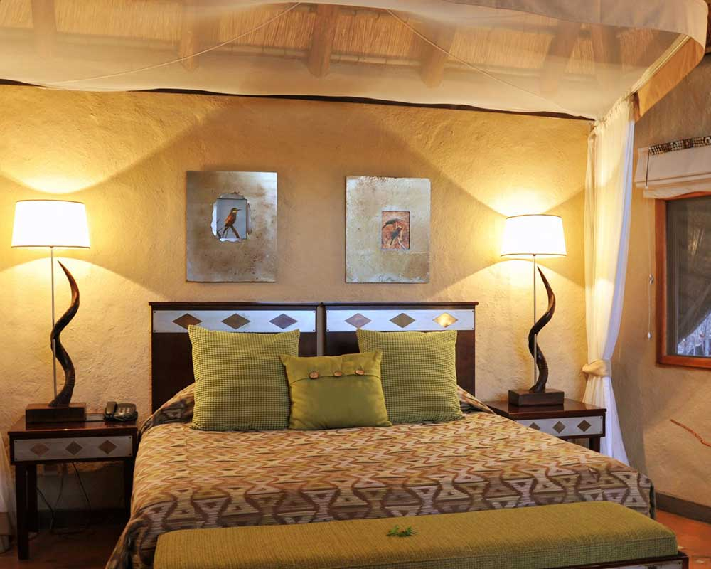 Lukimbi-safari-lodge-classic-suite